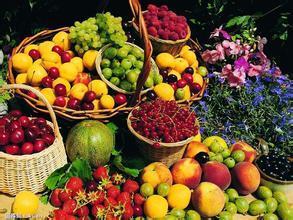 水果批量上市带动价格回落