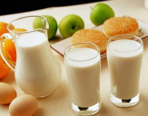 集贸市场生鲜乳价格上涨