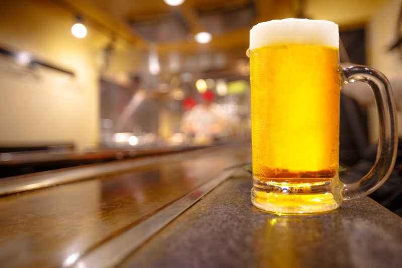 """啤酒企业中报靓丽 业内质疑渠道压货造成""""表面繁荣"""""""